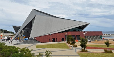 Photograph of Albany Entertainment Centre from the west.